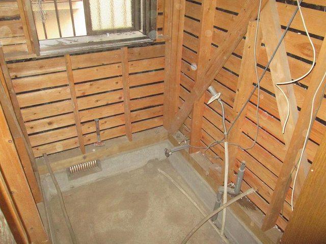浴室 給湯、排水配管